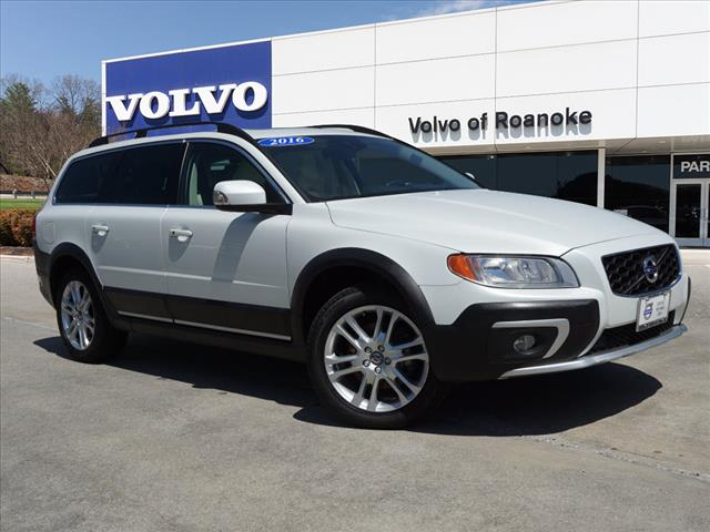 Pre Owned 2016 Volvo Xc70 T5 Premier All Wheel Drive Wagon