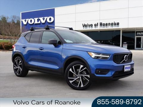 Pre-Owned 2019 Volvo XC40 T5 R-Design
